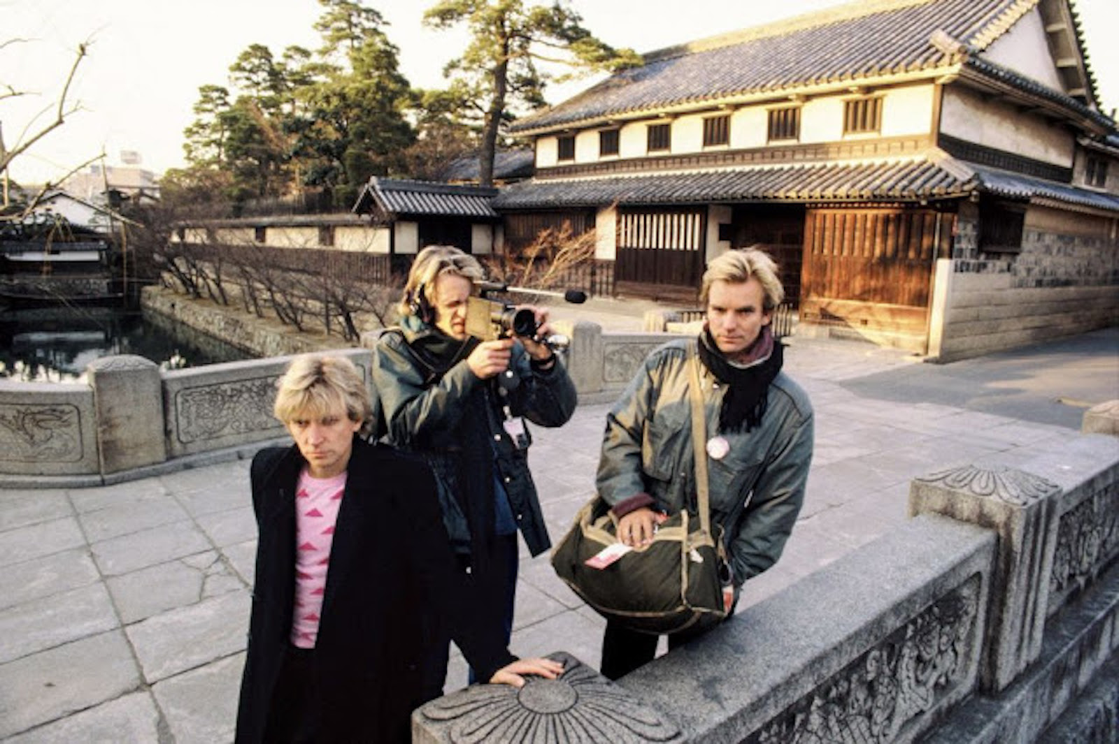 rock-stars-as-tourists-in-japan-1970s-80s-5.jpg
