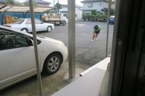 「娘が駐車場で回っていました!」⑤