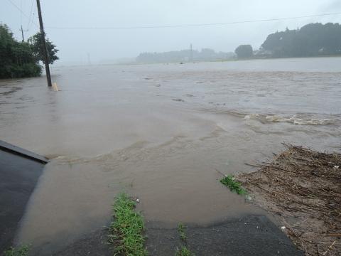 「恋瀬川氾濫対策工事が進められています!」③