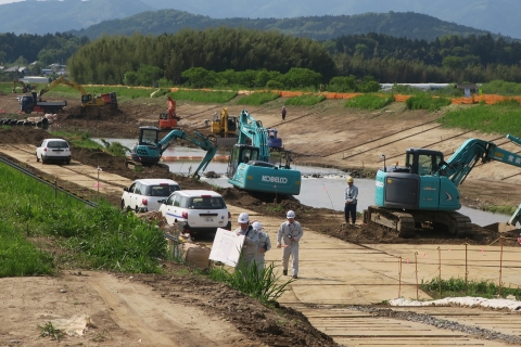 「恋瀬川氾濫対策工事が進められています!」⑥