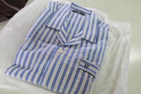 「父の日のプレゼントはパジャマ&ネクタイ」②