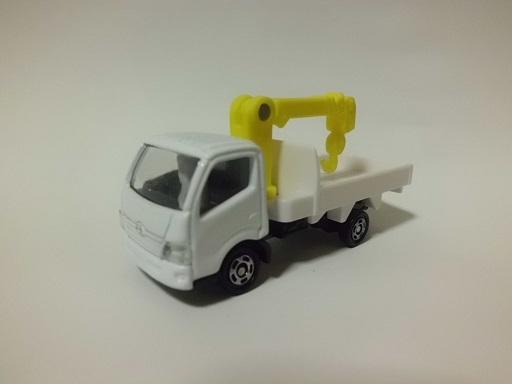 日野デュトロクレーン付きトラック