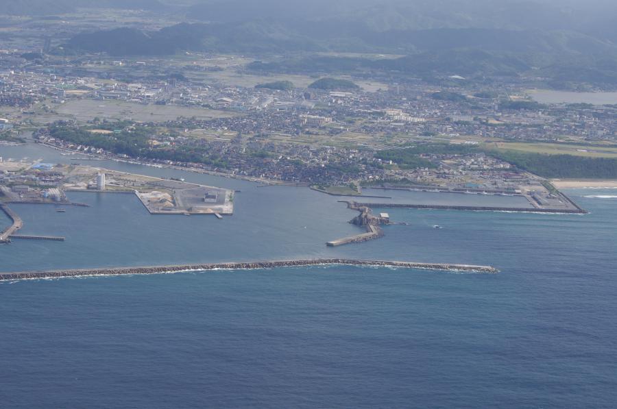 カレイのメッカ鳥取港第一防波堤」