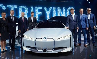 レスポンス フランクフルト BMWのEV