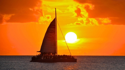 champagne-sunset-sail_201706231647271c6.jpg