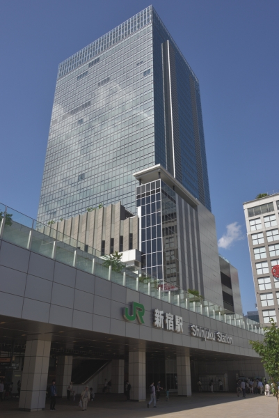 jr-shinjuku-mirainatower0847.jpg