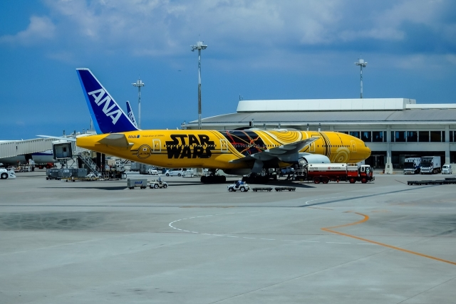 ANA 777 Star Wars Paint