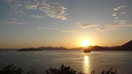 5:32 灯台のところから見た 日の出