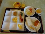 7:17 夫の朝食