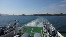 9:10 フェリーから見た瀬戸内海(大崎上島方向)