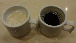 18:59 私 カフェオレ、夫 コーヒー