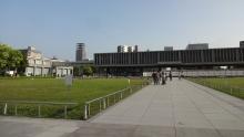 17:13 広島平和記念資料館へ