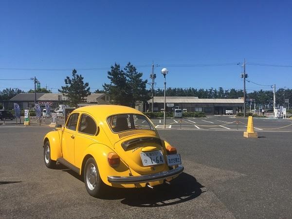 鳥取県大栄町にある青山剛昌ふるさと記念館前にあるアガサ博士の車