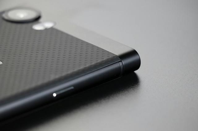 BlackBerry_KEYone_08.jpg