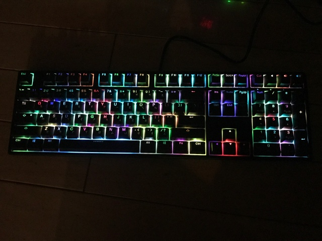 Ducky_ONE_RGB_05.jpg