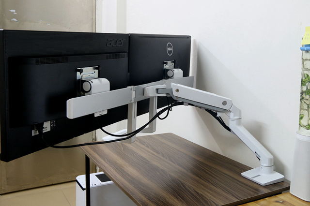 HX_Desk_Mount_Dual_Monitor_Arm_10.jpg