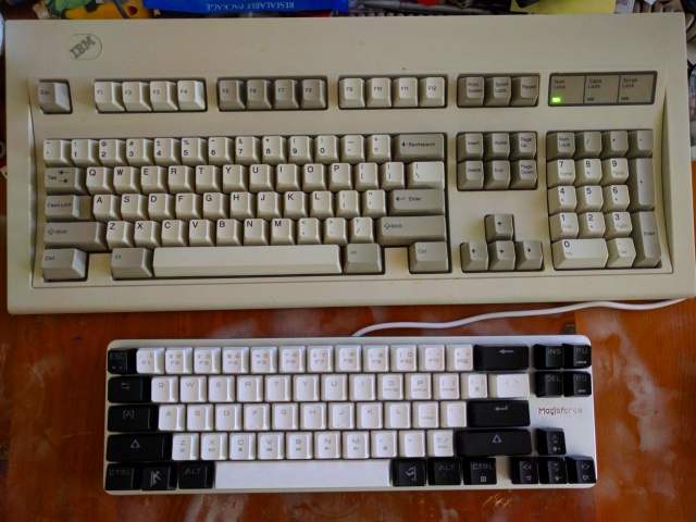 Mechanical_Keyboard100_74.jpg