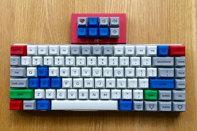 Mechanical_Keyboard104_04.jpg
