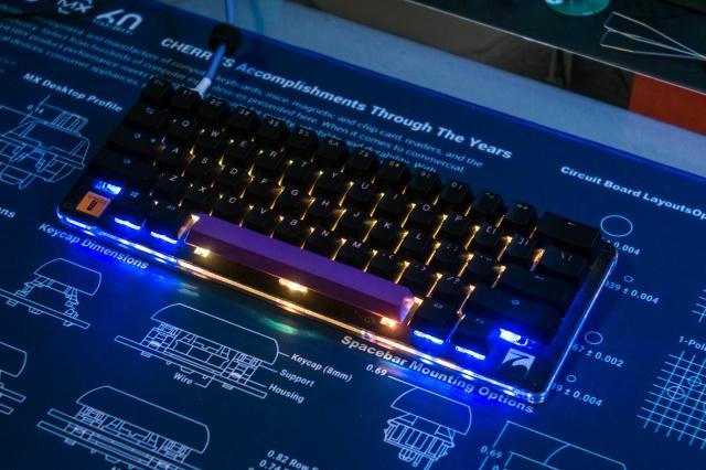 Mechanical_Keyboard104_48.jpg