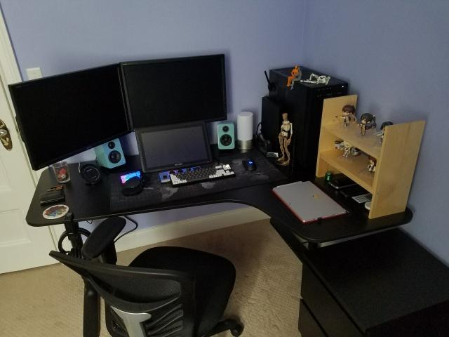 PC_Desk_MultiDisplay100_08.jpg
