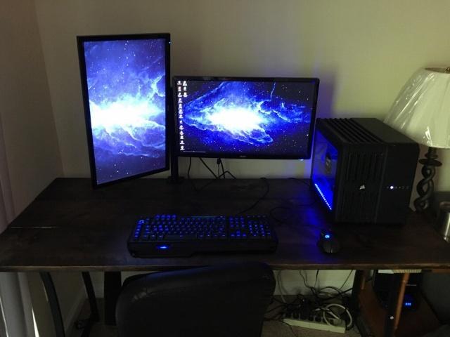 PC_Desk_MultiDisplay100_43.jpg
