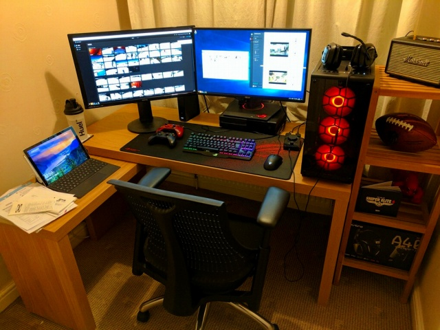 PC_Desk_MultiDisplay91_03.jpg