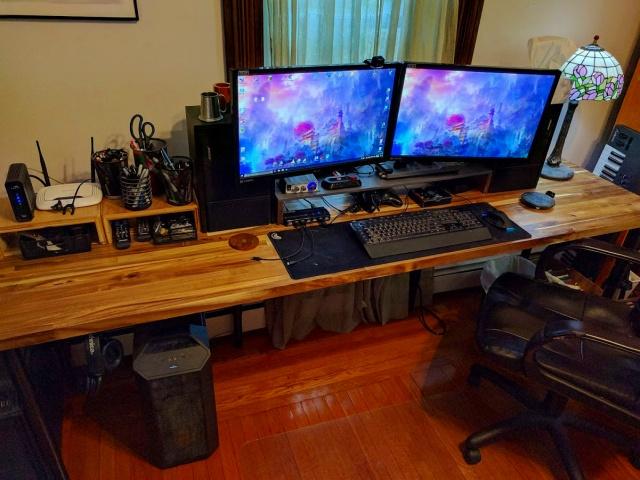 PC_Desk_MultiDisplay92_07.jpg