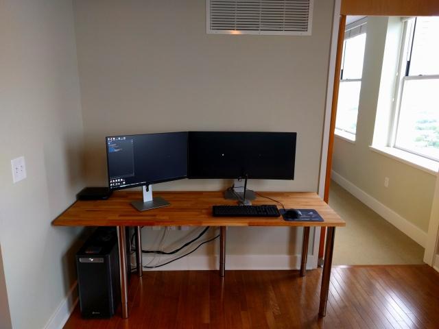 PC_Desk_MultiDisplay92_12.jpg