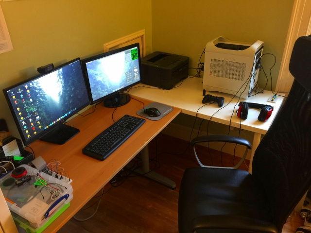 PC_Desk_MultiDisplay92_20.jpg