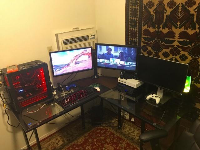 PC_Desk_MultiDisplay92_23.jpg