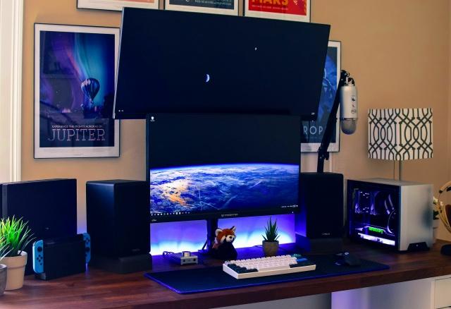 PC_Desk_MultiDisplay92_27.jpg