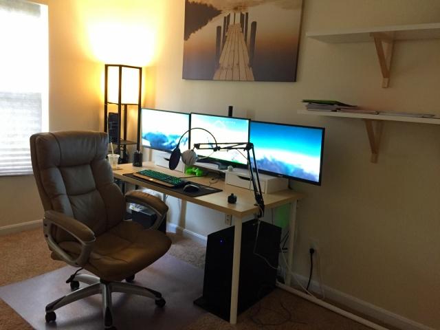 PC_Desk_MultiDisplay92_29.jpg