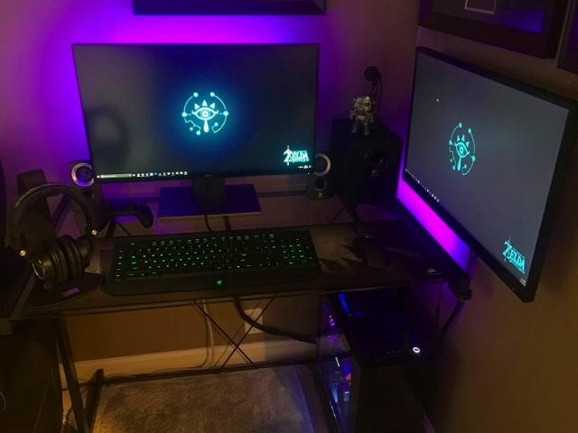 PC_Desk_MultiDisplay92_32.jpg