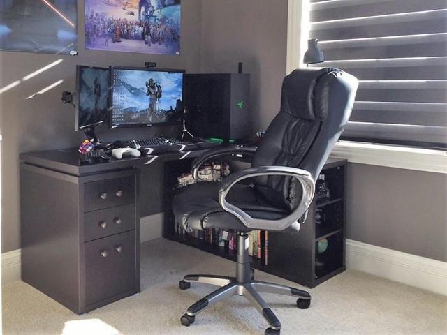 PC_Desk_MultiDisplay92_35.jpg