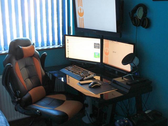 PC_Desk_MultiDisplay92_36.jpg