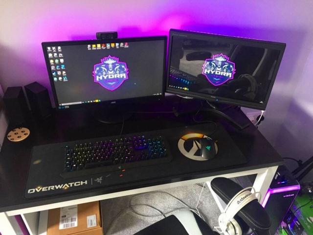 PC_Desk_MultiDisplay92_85.jpg