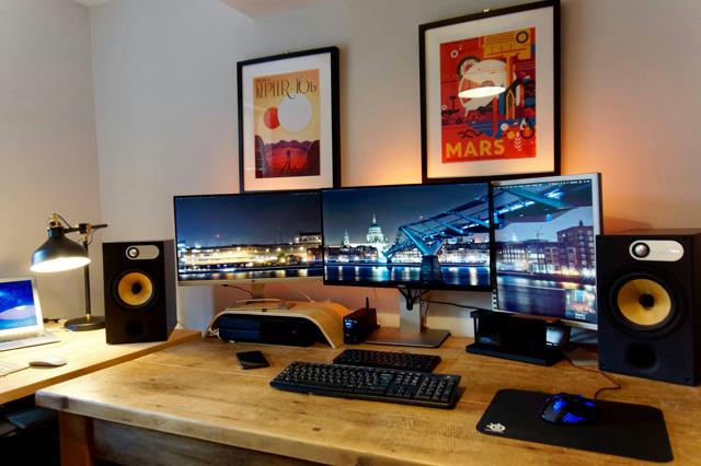 PC_Desk_MultiDisplay92_87.jpg