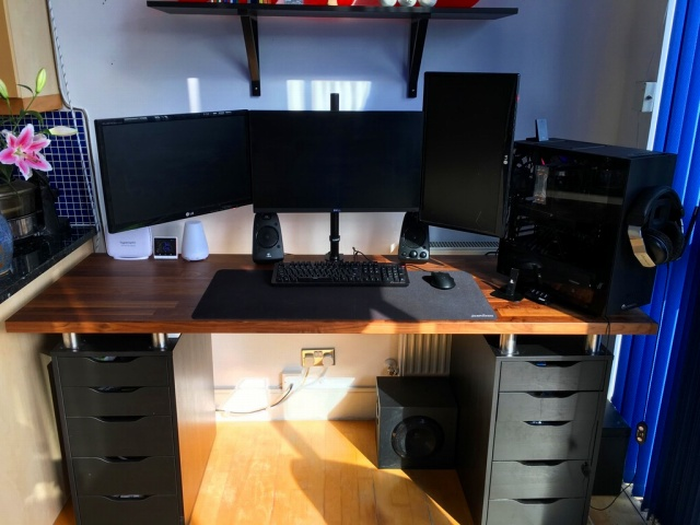 PC_Desk_MultiDisplay93_19.jpg