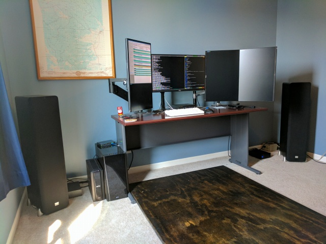 PC_Desk_MultiDisplay93_41.jpg