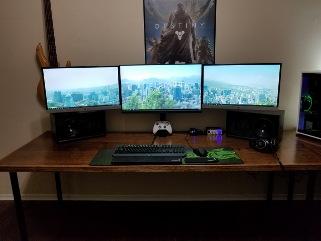 PC_Desk_MultiDisplay96_65.jpg