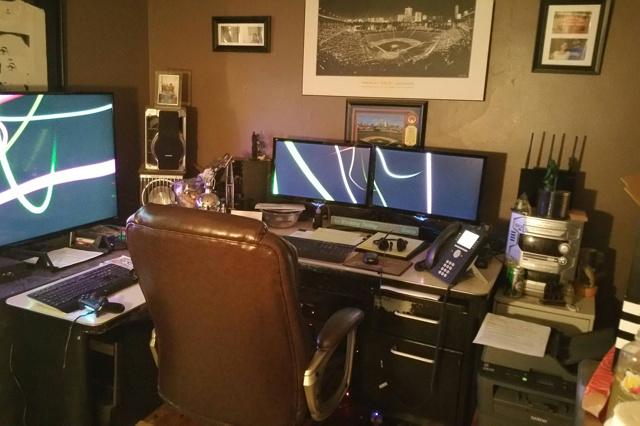 PC_Desk_MultiDisplay98_23.jpg