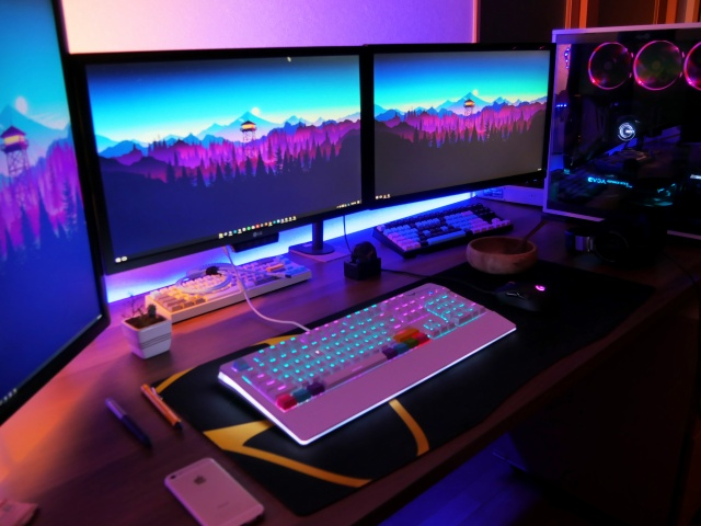 PC_Desk_MultiDisplay98_27.jpg