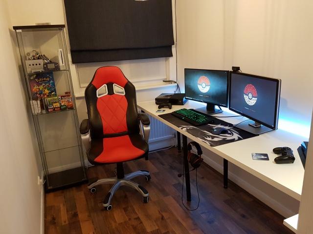 PC_Desk_MultiDisplay98_33.jpg