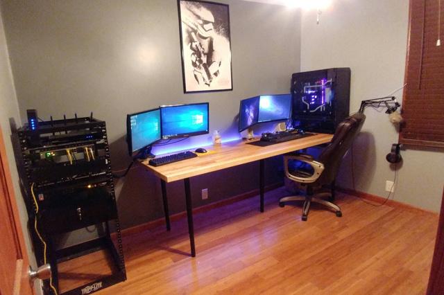 PC_Desk_MultiDisplay98_71.jpg