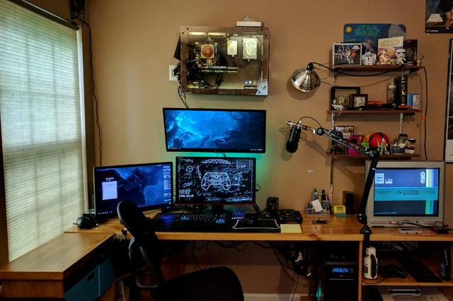 PC_Desk_UltlaWideMonitor21_27.jpg