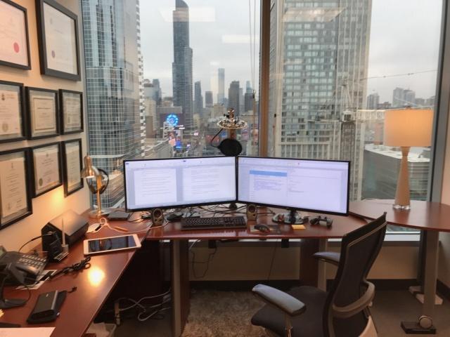 PC_Desk_UltlaWideMonitor21_95.jpg