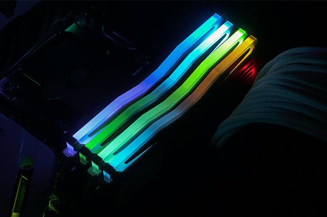 SUPER_LUCE_RGB_Lite_08.jpg