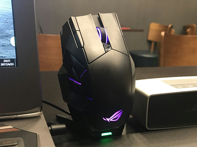 Wireless_Gaming_Mouse_201708_11.jpg