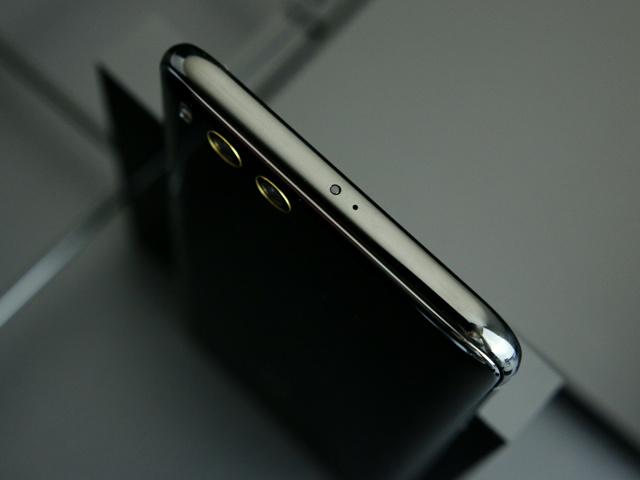 Xiaomi_Mi6_04.jpg