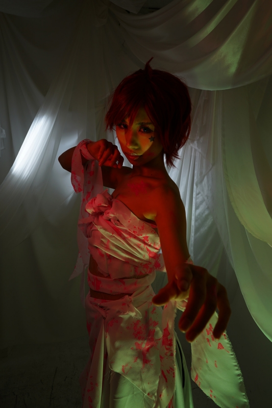 スイートルームの怨霊ジュリア3